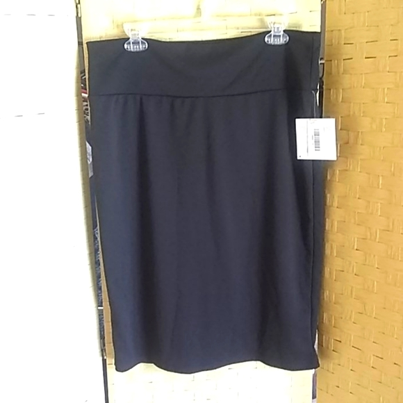LuLaRoe Cassie Midi Skirt Size 2XL